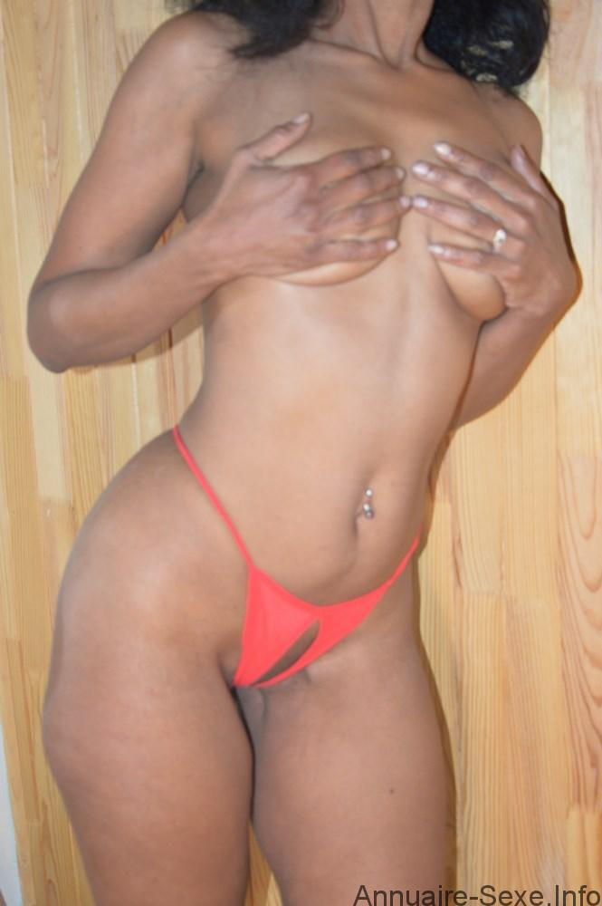 Leila escort girl Grenoble