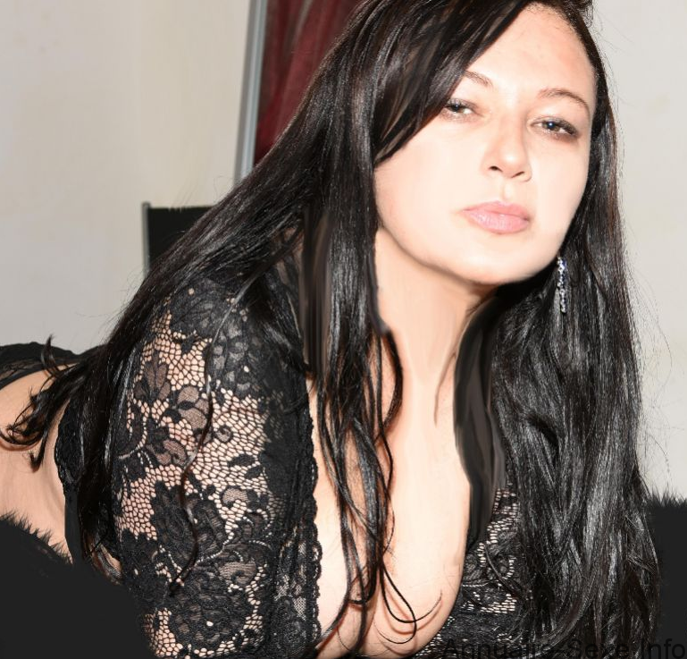 beurette amatrice call girl nimes