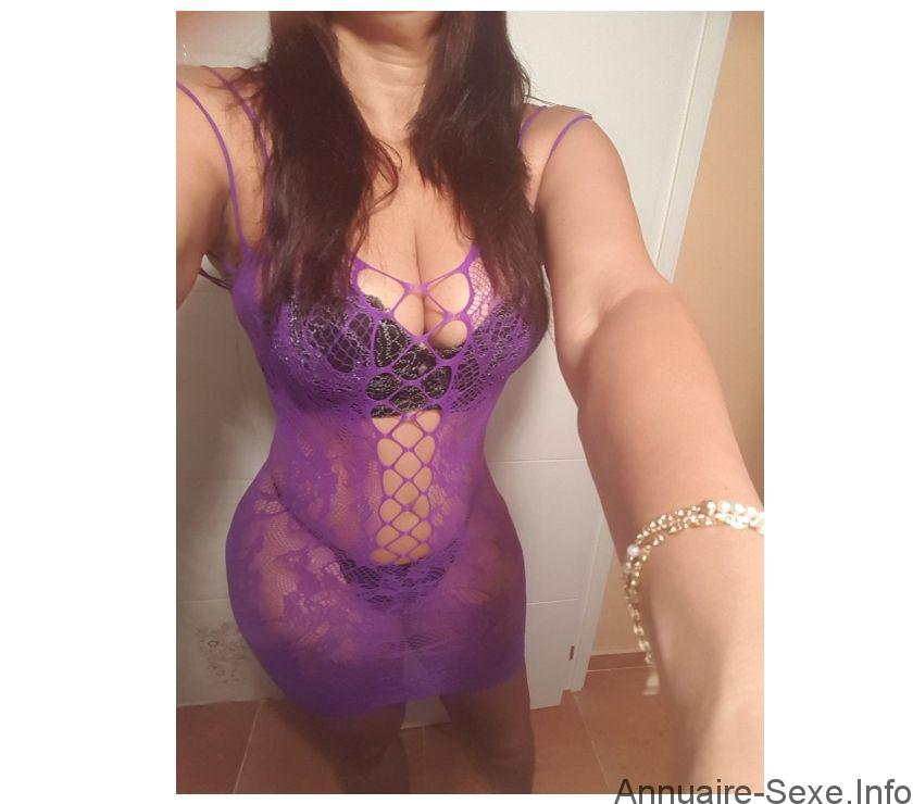 Carla escort girl Carcassonne